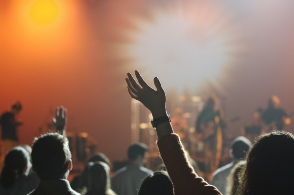audience-concert-music-entertainment-people-crowd